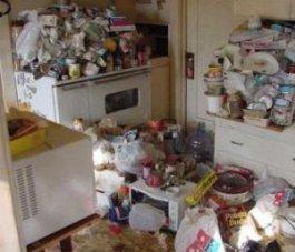 messy_kitchen1