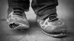 poverty-shoes 1200xx3870-2177-0-199