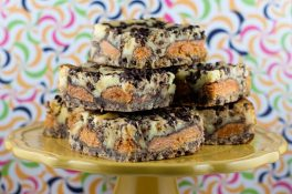 Butterfinger-Cheesecake-Bars2-1024x682.jpg